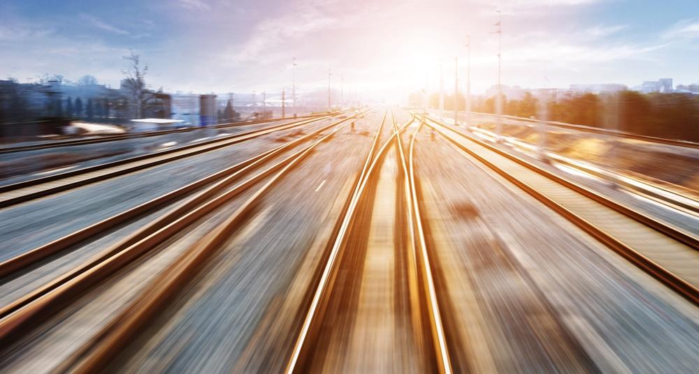 5005315872 Rail 1000X536