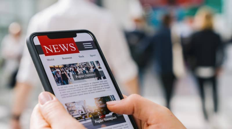 Online News on a Mobile Device